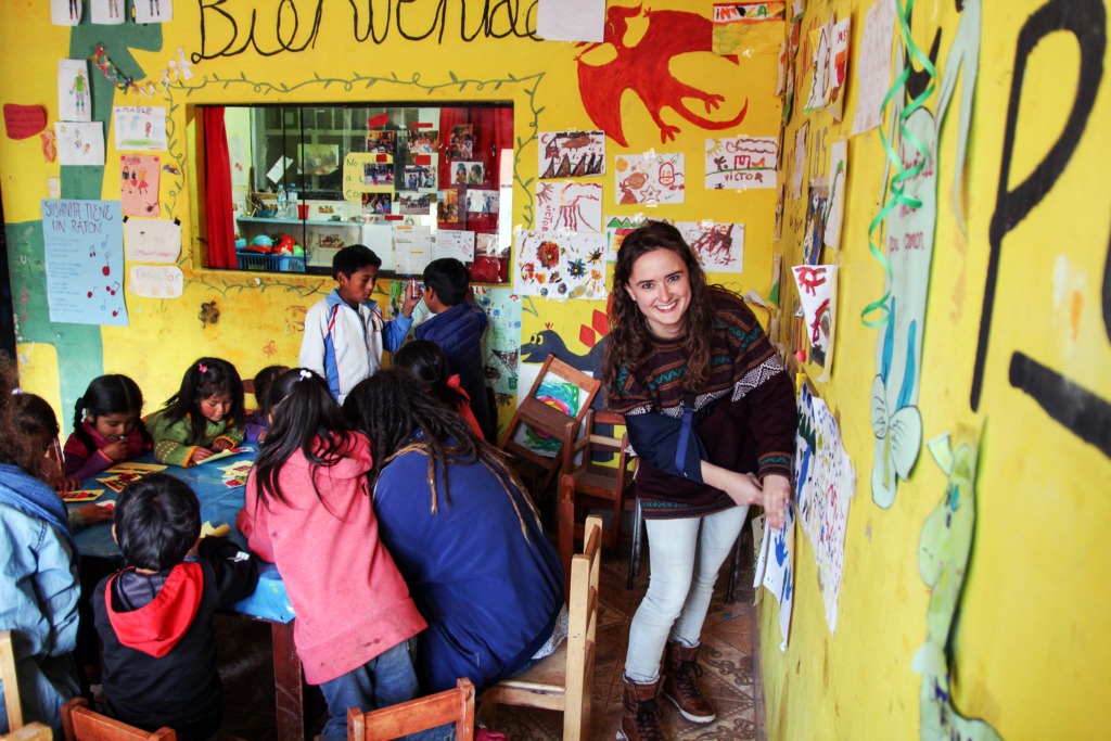 volunteering in cusco after school