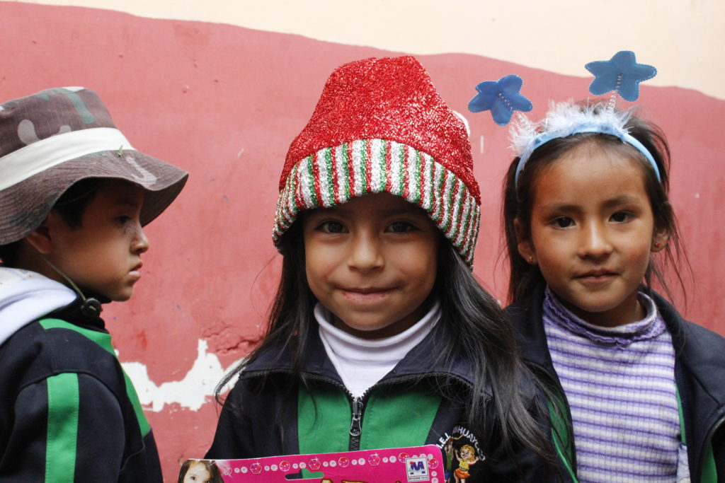 volunteer in cusco child care