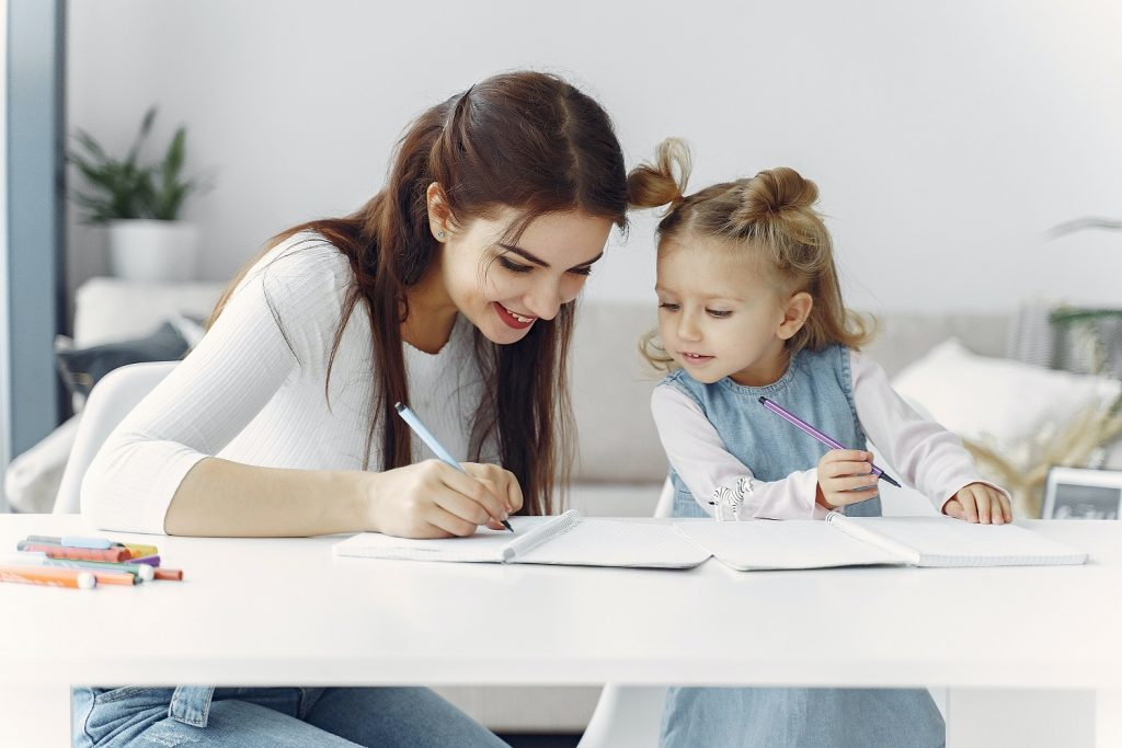 learning a new language for kids benefits